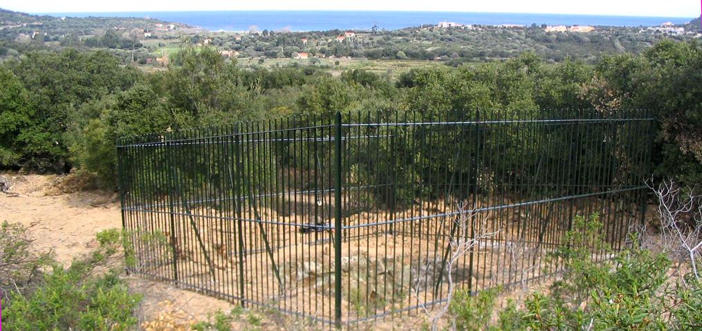 Une grille d'enceinte allie la mise en sécurité d'une ancienne mine tout en conservant l'accès aux chauves-souris